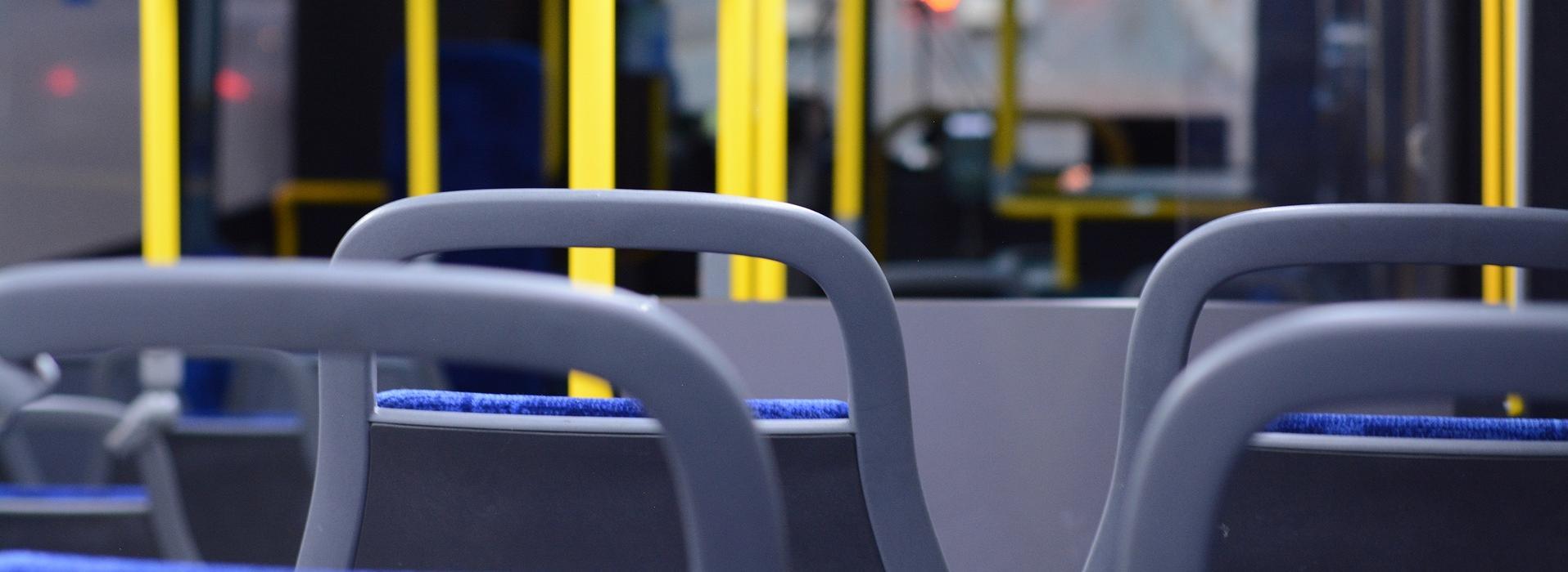 Sitze in einem Bus Bus_Sitze.jpg