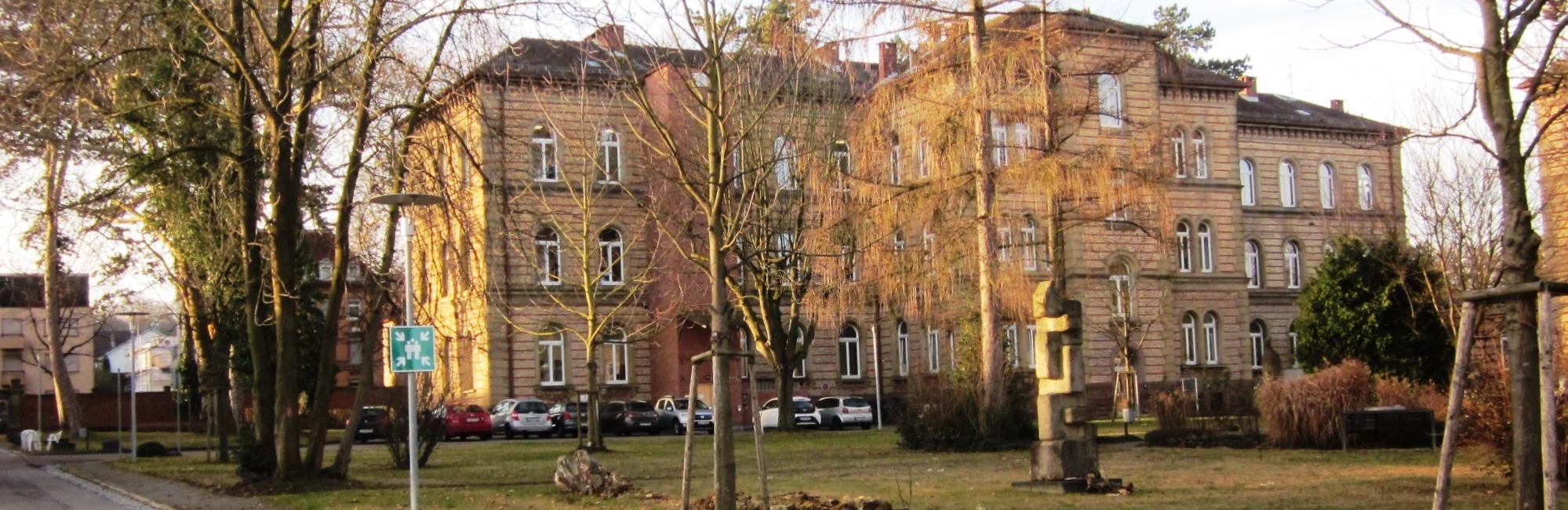 Gebäude Königsallee 59/2 mit Bäumen davor ka.jpg